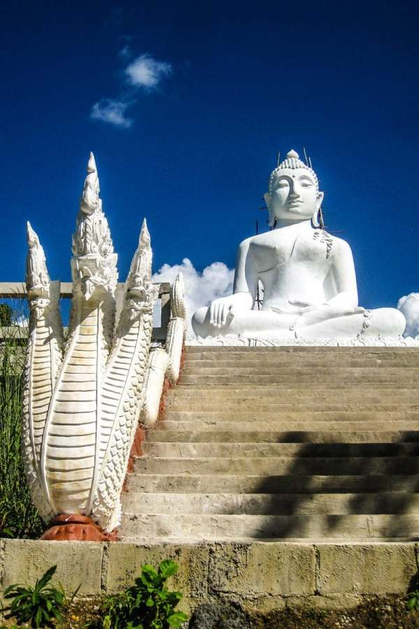 White buddha at Wat Phra That Mae Yen, Pai