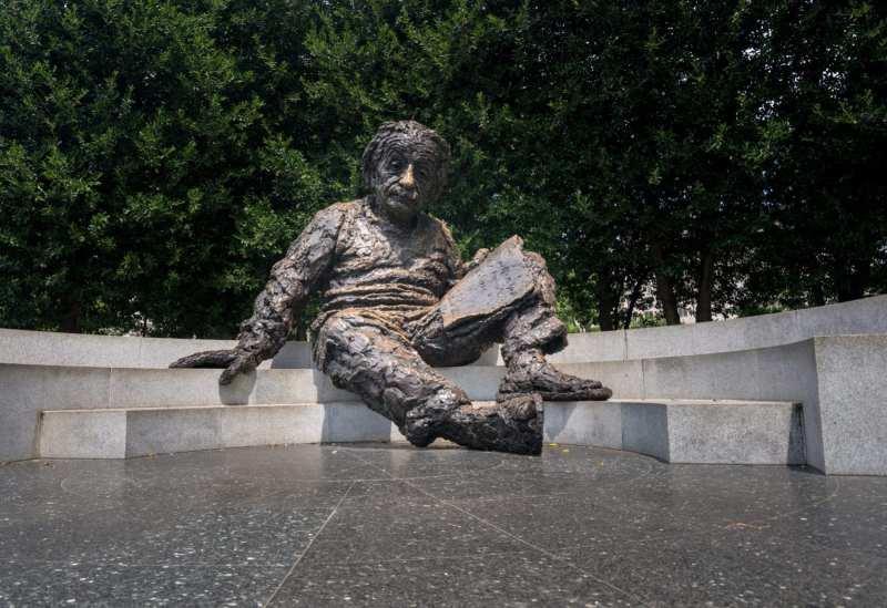 Checking out the Einstein Memorial on a driving tour through Washington, D.C. with Subaru