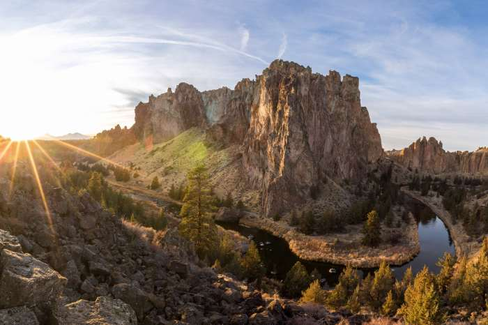 Sunrise at Smith Rock State Park in Central Oregon