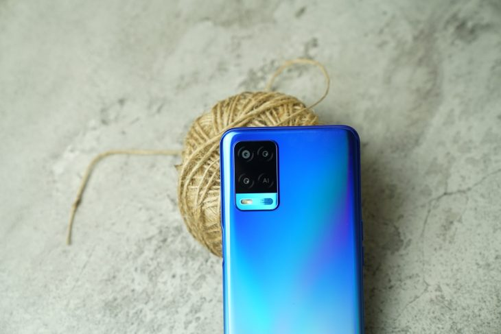 review OPPO A54