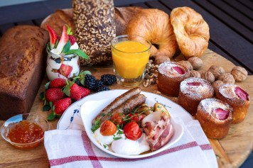 Country breakfast at Old Bank