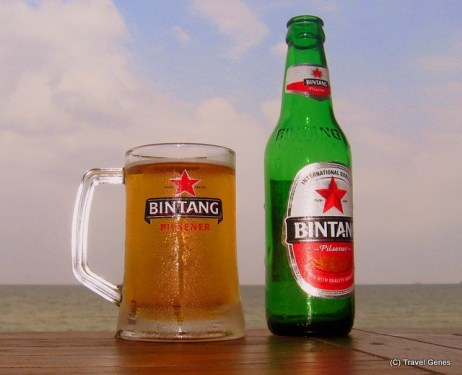 04-Bintang_Beer_by_the_Beach