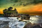 Friday Photo : Tanah Lot, Bali