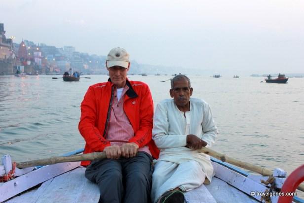 boat ride in ganges varanasi
