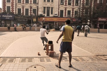 Street cricket around New Market