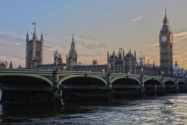 5 Tips For A Cheap Trip To London