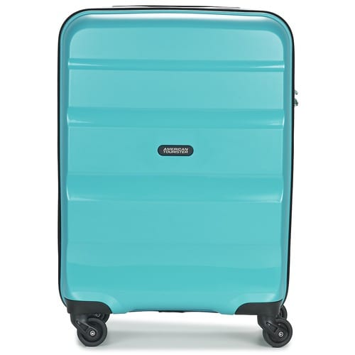 Use a brightly coloured suitcase when travelling