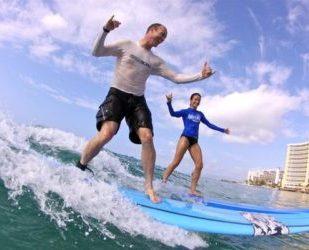 Beginner Surfing Waikiki