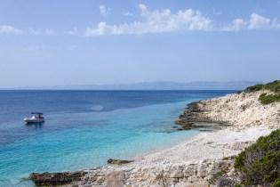 Donji Bili Bok: the nudist beach of Proizd.