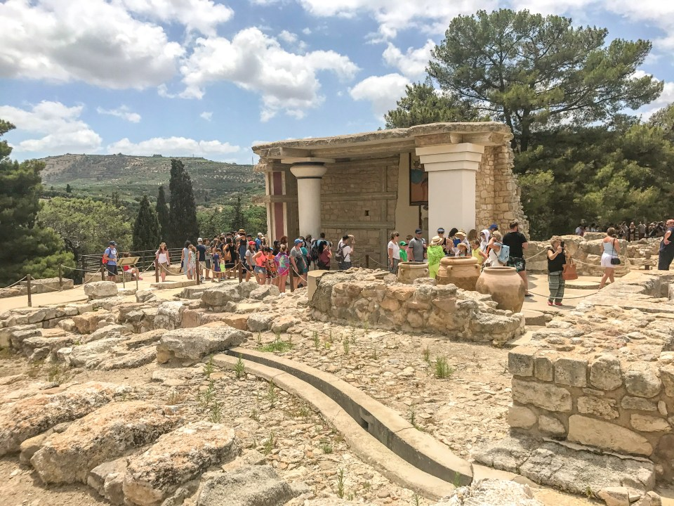 5 Days in Crete, Best Time to Visit Knossos