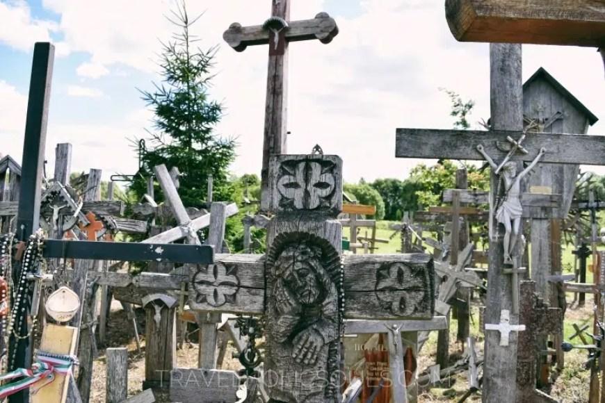 Croce di legno collina delle croci lituania