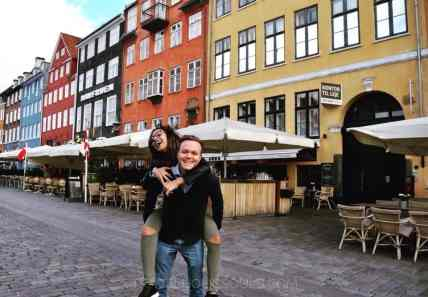 Couple in Nyhavn