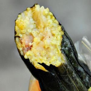 【高雄】美味涮嘴的長型粽.排灣族美食「吉那富」.桑尼瘦不了 - 輕旅行