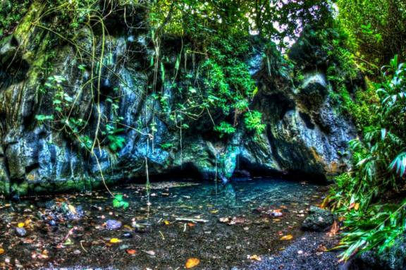 Cave at Wai'anapanapa