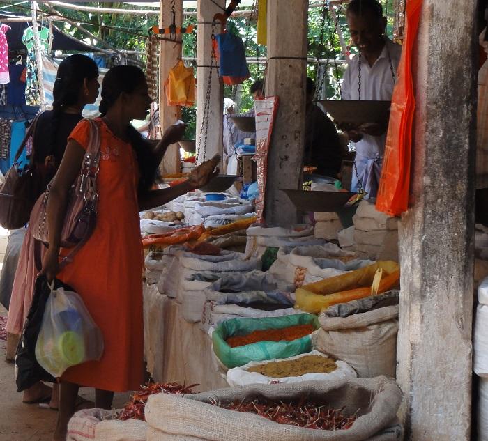 Market in Dambulla