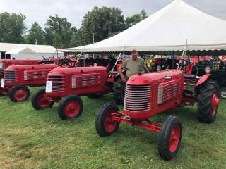 A Virtual Tractor Show!
