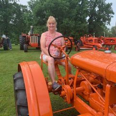 Allis Chalmers Father's Day show