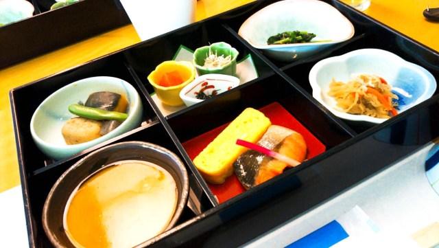 十和田ホテルの朝食「和食善」