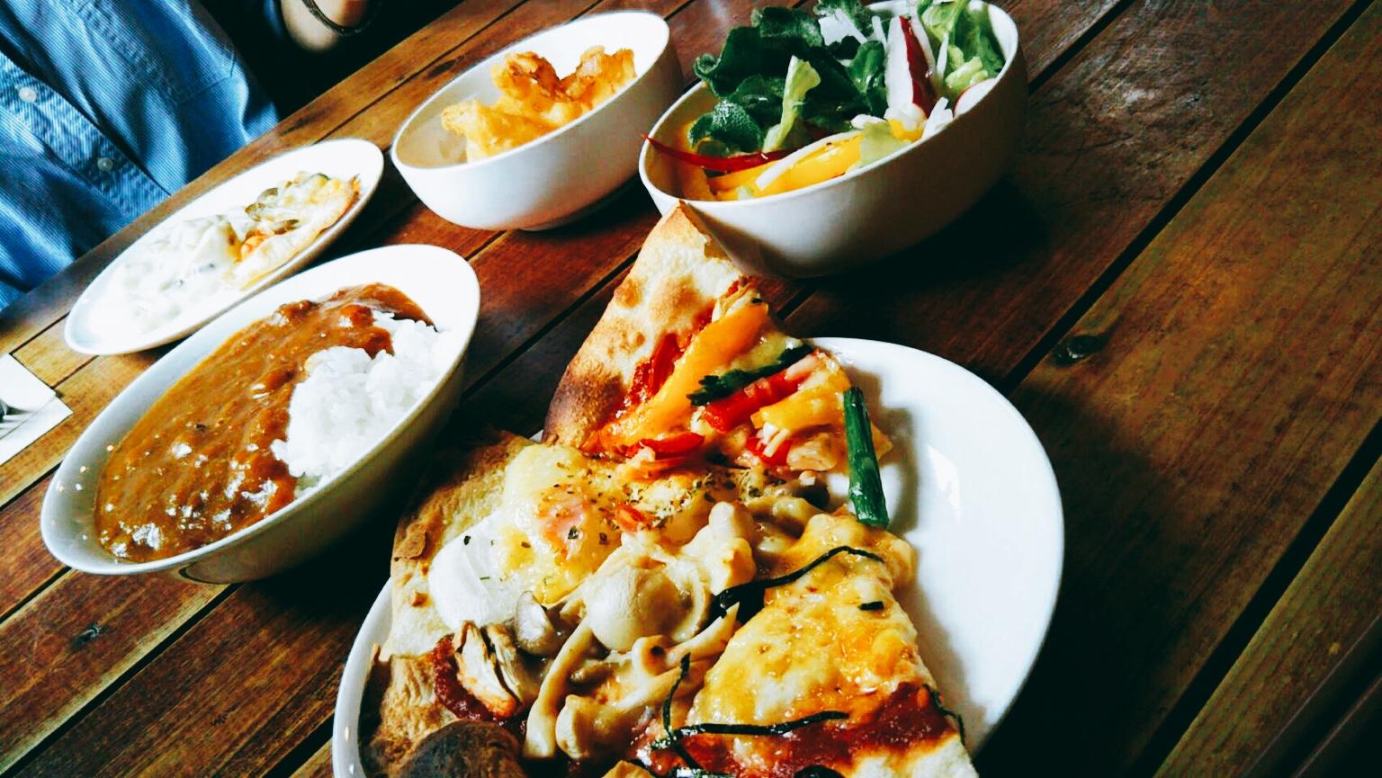 奥入瀬「オルトナーラ」のピザビュッフェ!青森県産のお野菜がたっぷり