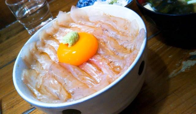 みなと食堂の「平目漬丼」