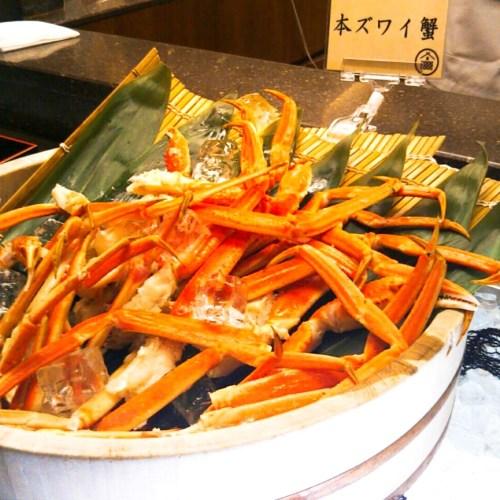 函館湯の川温泉「ホテル万惣」に宿泊!豪華夕食バイキングがすごい