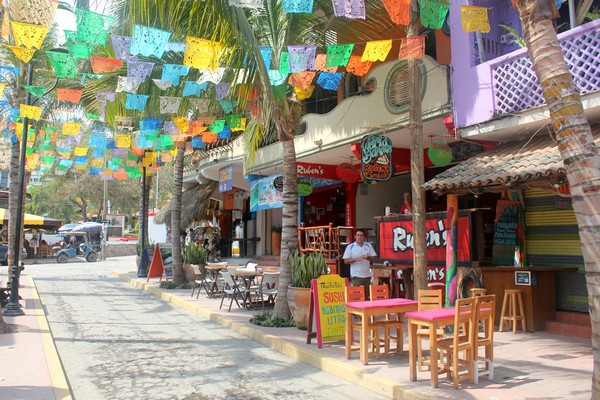 Should you travel to Sayulita Mexico on your next family ...