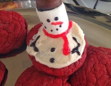Melting Snowman Red Velvet Cookies for Christmas!