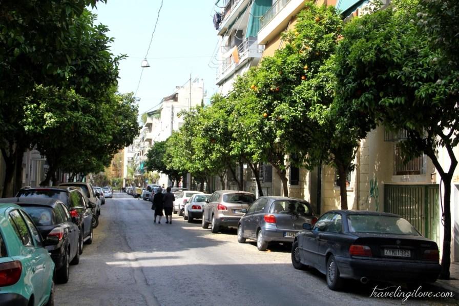 Greek oranges on the street (1)