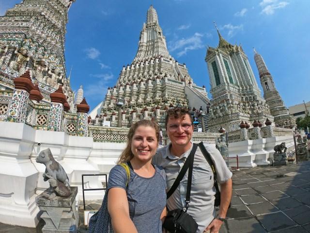 Wat Arun Selfie Bangkok, Thailand @travelingintandem