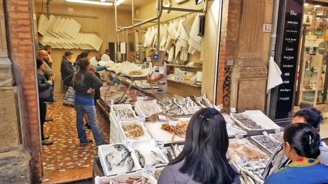 Bologna market seafood @travelingintandem