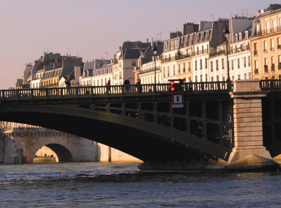 down the sienne, paris