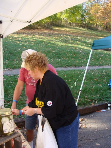 Pittsburgh Steelers Nation fans Ohio old fashioned apple butter kettle stirring