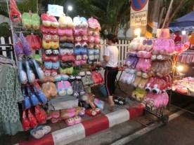 thaphae-gate-market-22