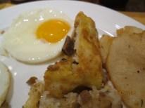 Wuhan Egg sticky rice cake1
