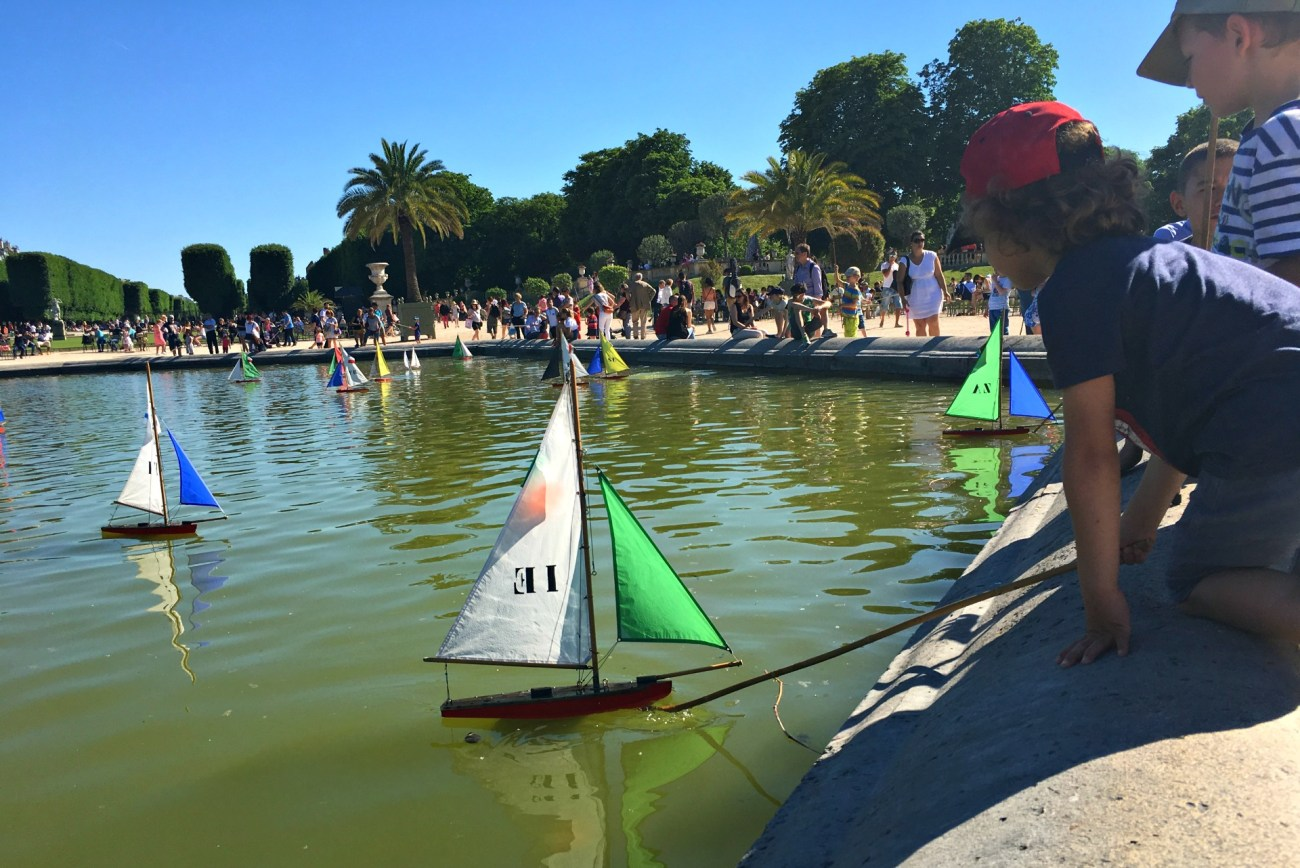 sailboats on a Paris fountain at Luxembourg gardens