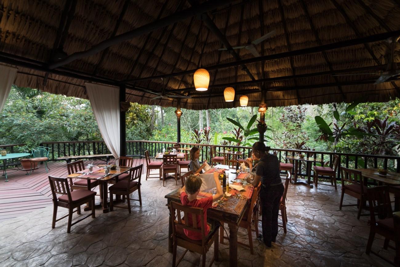 Belize family resorts