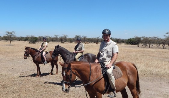 Visit Kenya and Tanzania: Horse ride to see the last two northern white rhinos