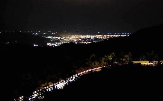 Panorama Sitinjau Lauik Malam Hari