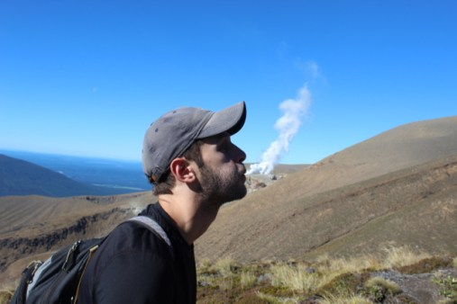 Tongariro Hike - Playing with Geothermal Activity