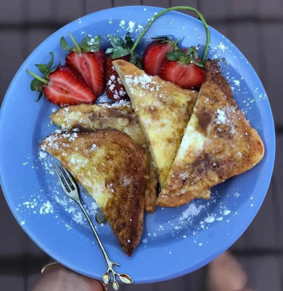 Romanian-style French toast, friganele