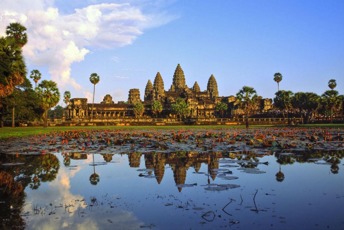 dreamstime_Angkor-wat-at-sunset