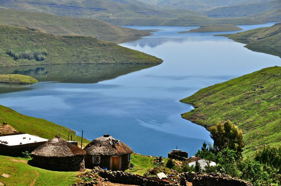 onderful-Lesotho-Highlands-View-with-Water-and-Gorgeous-Green-Mountains-900x597