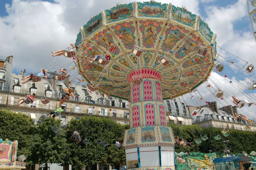 tuileries_fun_fair