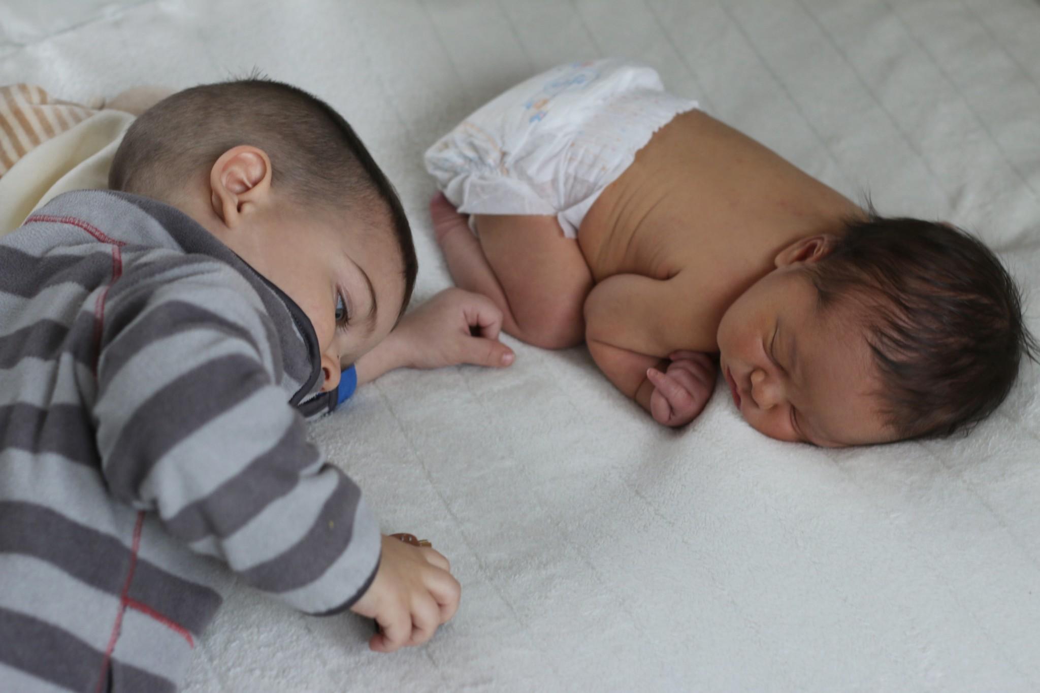 Eli Meets a Newborn