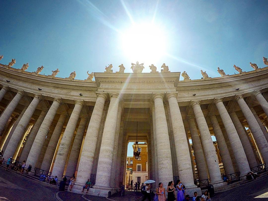 StPeters Square Rome    stpetersburg vatican vaticancity vaticanmuseumhellip