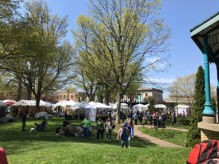 Tulip Time for families, Artisan Market