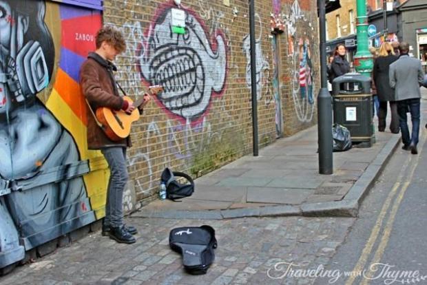 Street Performers in London