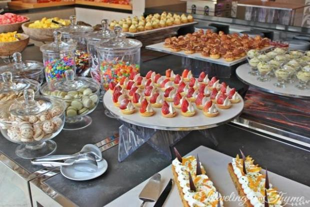 Kempinski Hotel Sunday Brunch Dessert buffet