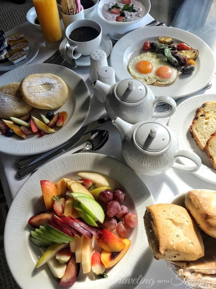 Breakfast Room Service Luxury Hotel Lebanon