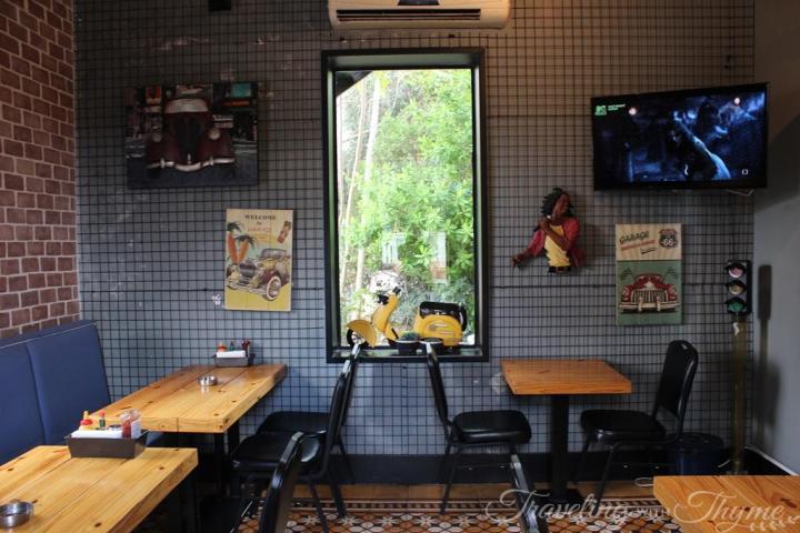 Sandwiched Diner Antelias Interior Restaurant Design